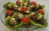 Aubergines (aubergines) avec noix pâte farce