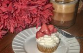 Pain grillé Français Cupcakes avec glaçage à la crème fouettée