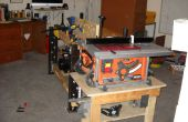 Cadre de travail d'un cadre de table de cuisine - le workbench construit autour de ce qui n'est pas là !