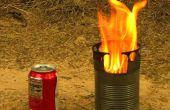 Un gazogène à bois portatif poêle faite seulement à partir de canettes