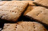 Maison biscuits Graham avec glaçage au chocolat blanc