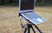 Bureau de trépied d'appareil photo vieux portable