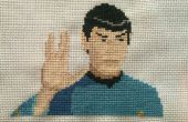 Point de croix Star Trek : Spock