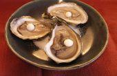 Huîtres avec des perles de citron épicée, sphérification inverse