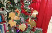 Arbre feuilles ornements de Noël