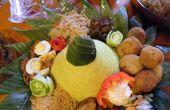 Cône de riz indonésien artistique (Nasi Tumpeng)