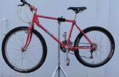 Stand de réparation de vélo fait maison
