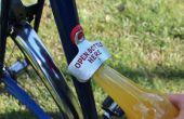Attacher un ouvre-bouteille à votre vélo avec Sugru