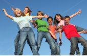 Comment faire pour garder jeunes campeurs occupé (sans aller fou)