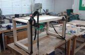 Table basse abstraite (dessus de table en bois recyclé)