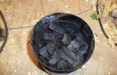 Charbon de bois bon marché de saleté