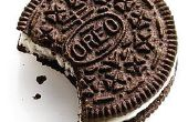La bonne façon de manger des biscuits Oreo avec du lait.