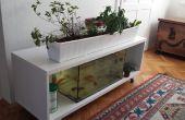 Étagère IKEA transformé en un système de culture aquaponique intérieur