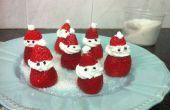 Décoré de dessert - Santa Claus de fraises et crème fouettée