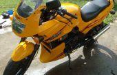 Comment faire pour debadge (enlever autocollants) d'une moto.