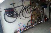 Bike Lift pour sauver quelque part.  Chlorure de moteurs tubulaires pour volets roulants