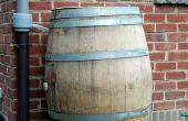 Recueillir l'eau de pluie avec un tonneau de vin