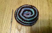 Crochet couture latérale fil enroulé chaussette trouée