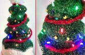 Chapeau d'arbre de Noël s'allume