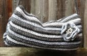 « 50 » / cinquante nuances de gris « Crocheté » pour garder vos mains au chaud - Vintage inspiré main Muff / chauffe avec fleur amovible !
