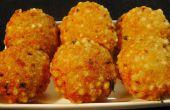 Fried indien Sabudana Vada (galettes croustillantes de sagou)