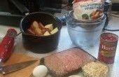 Préparation des repas - pain de viande & purée