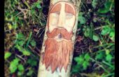 Esprit de sculpture sur bois de forêt