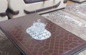 Surface d'une table avec des motifs de conception islamique