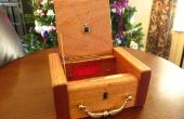 Antique boîte à bijoux et pendentif