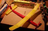 Couvrant un modèle réduit d'avion dans les tissus