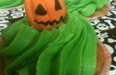 Poison Apple Ale Cupcakes & pastillage fantômes et Jack-O-lanternes