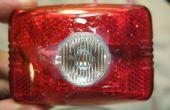 Lumière du jour Visible Bike Light - avant/arrière Combo - 100 Lumens sur 2 AA