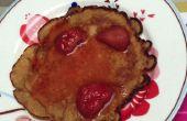 Crêpes avec sirop d'érable chaud fraises d'épeautre