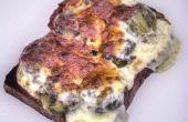 Fromage sur nid de pousses sur un Toast