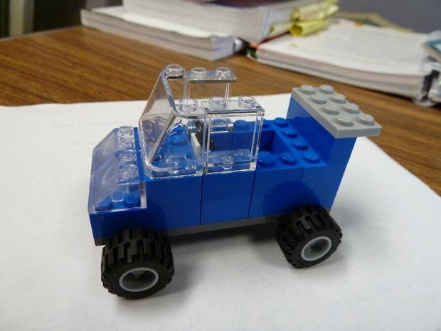 Comment construire une voiture de lego for Voiture a construire