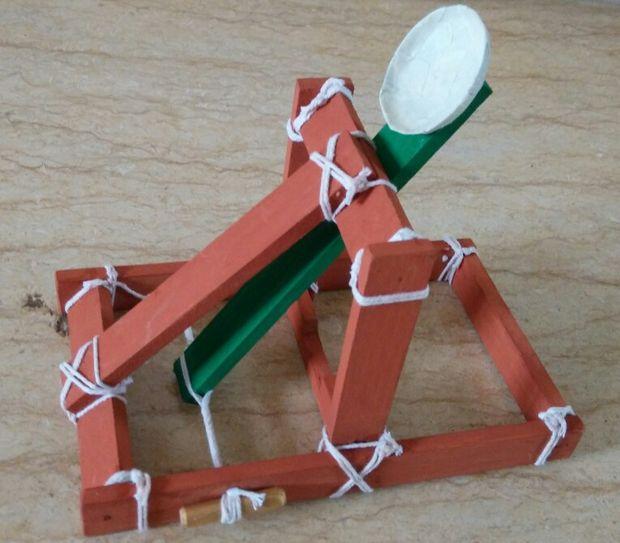 Mini Catapulte Pour Les Enfants Tubefr Com