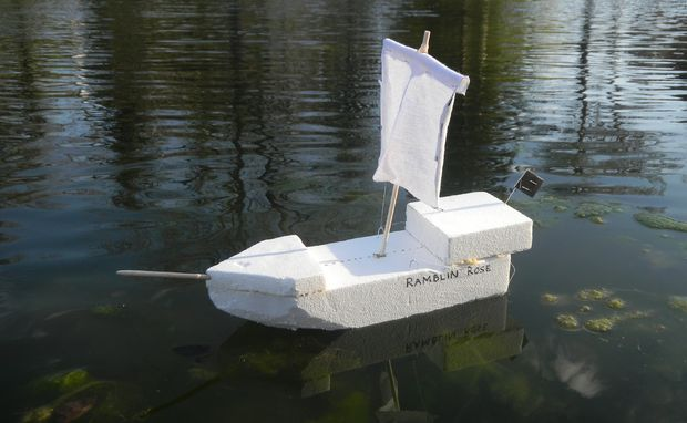 comment construire un bateau pirate. Black Bedroom Furniture Sets. Home Design Ideas