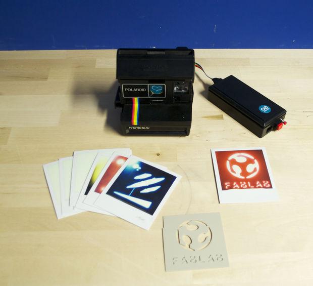 Apres Environ 40 Minutes Le Polaroid Est Completement Developpe