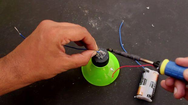 Lampe De La En À Plastique Faire Bouteilles Poche L'aide Comment wkOPn0