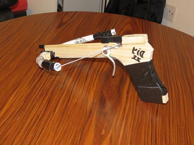 Pistolet Arbalete Maison Tubefr Com