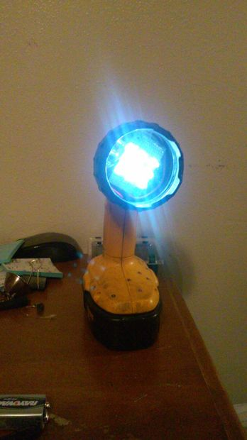 Ampoule 18v Dewalt Led Pour Lumière yY6gb7f