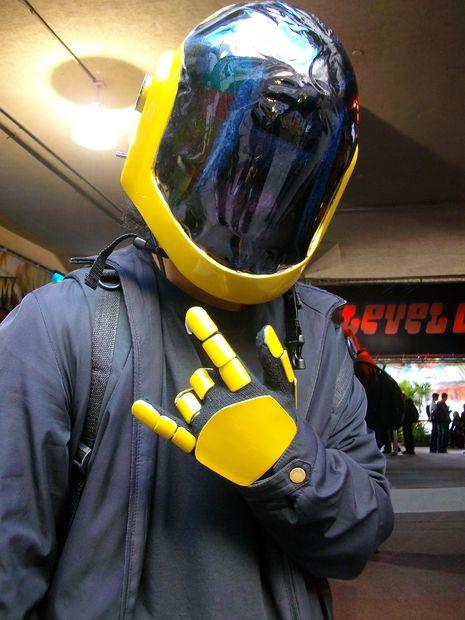 Comment faire un casque de cosplay ! - tubefr.com