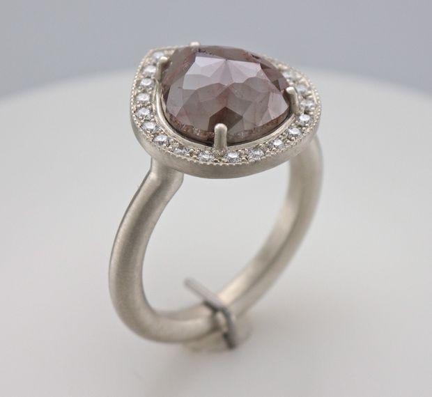 bague diamant brut