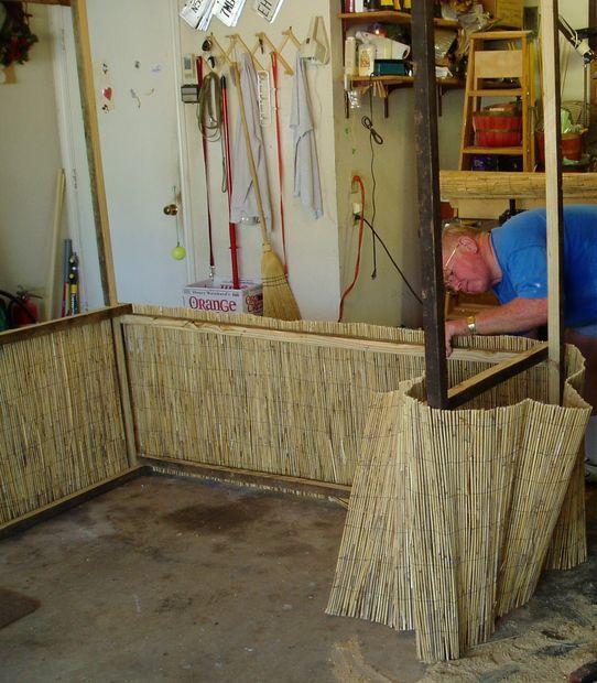 comment construire un bar tiki. Black Bedroom Furniture Sets. Home Design Ideas