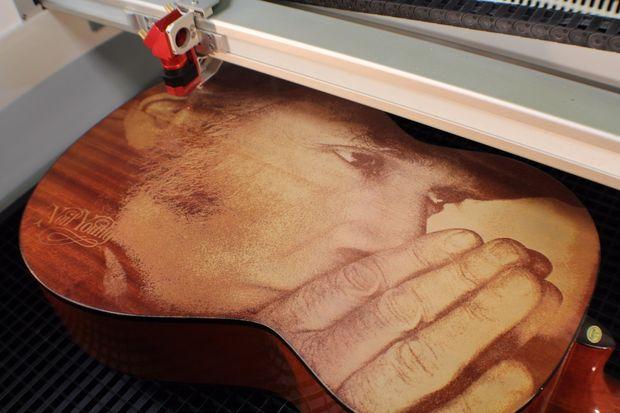 Gravure Sur Bois Laser Grav 233 Guitare Tubefr Com