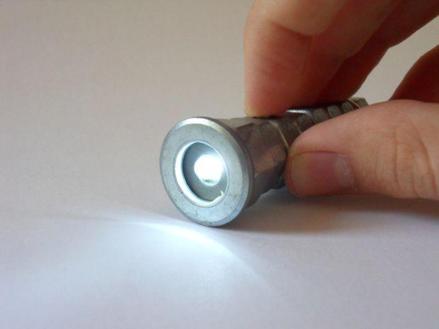 Rayovac solaire et manivelle d/'urgence Lampe de Poche