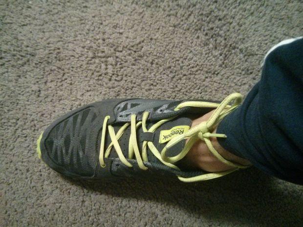 reputable site 30917 0810f Hey, c est un super moyen de lier les chaussures que j avais essayé quand  j ai eu une paire de baskets converse tout à l heure... parfait lorsque  vous ...