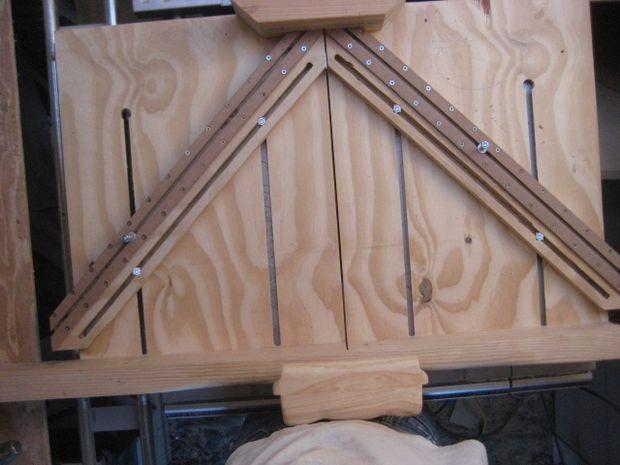 banc de scie chariot et bras r glables. Black Bedroom Furniture Sets. Home Design Ideas