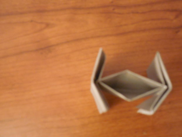 Origami Star Wars Tie Fighter Facile Version 10 étape 3 Le